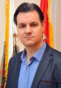 Немања Сарач