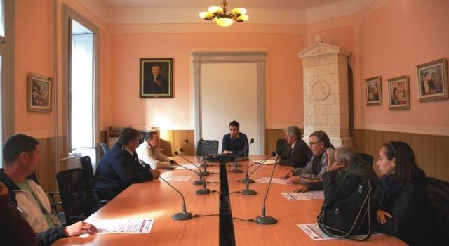 Антонио Ратковић, заменик градоначелнице на састанку са ватрогасцима