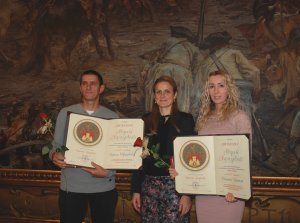 Добитници признања са градоначелницом