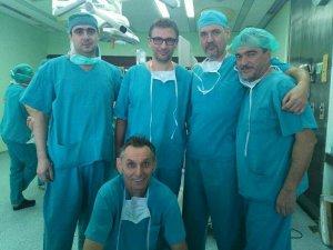 Tim-koji-je-izveo-prvu-laparaskopsku-operaciju-debelog-creva-u-somborskoj-bolnici