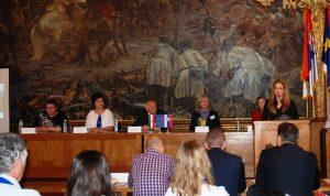 Градоначелница Сомбора Душанка Голубовић, отварајући конференцију партнерима у пројекту пожелела је успешну реализацију свих пројектних активности