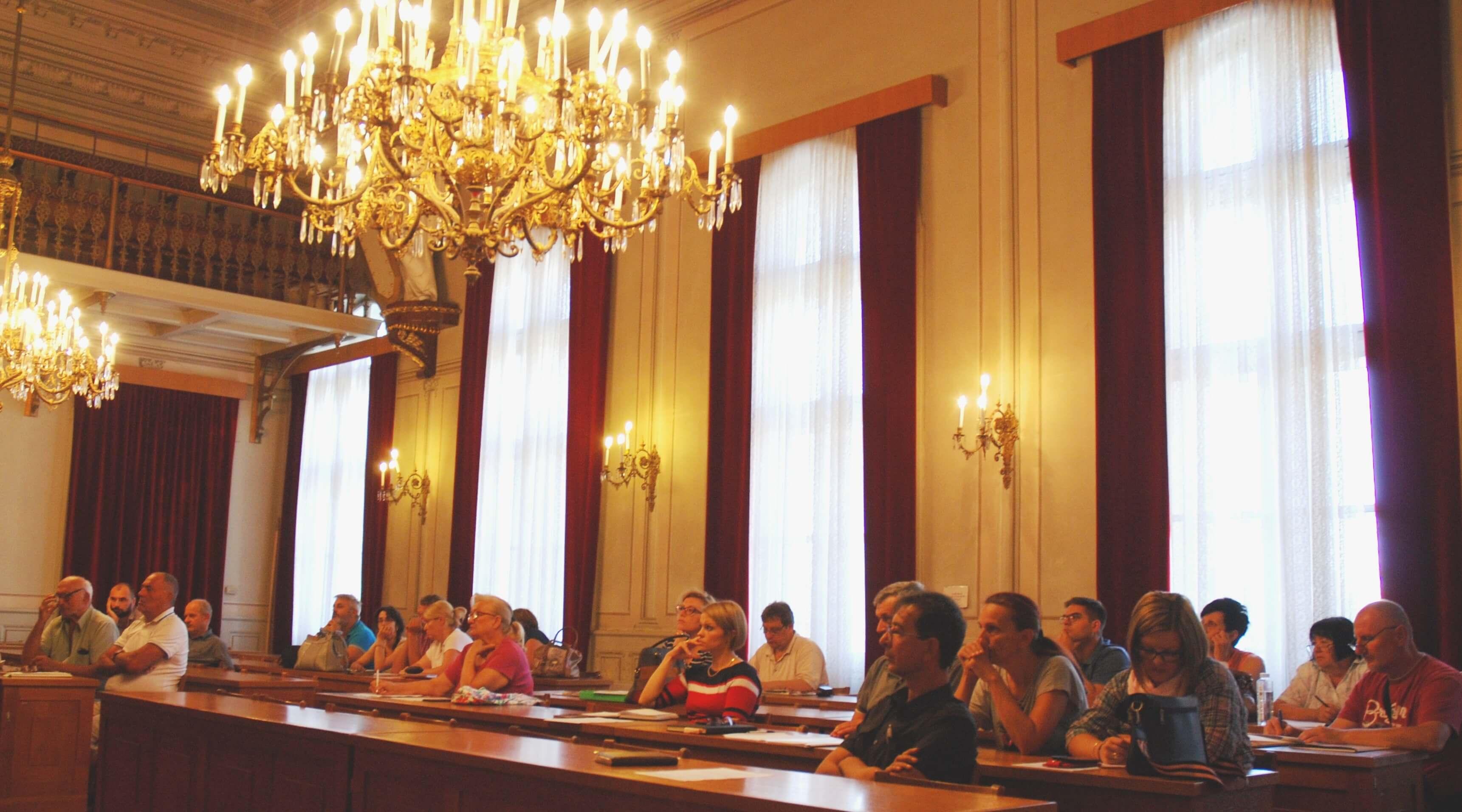 Међу учесницима трибине била је и Антонија Нађ Косановић, члан Градског већа за област спорта и младе