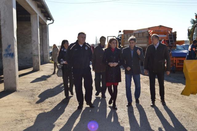 Градоначелница Душанка Голубовић и њ.е. амбасадор Томас Шиба разменили су пригодне поклоне