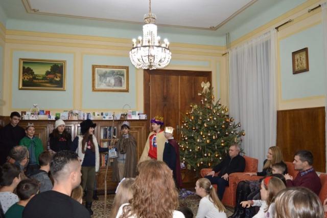 Мали коринђаши у посети код градоначелнице Сомбора