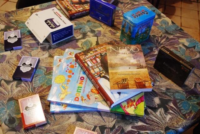 Друштвене игре и књиге за подстицај међугенерацијске сарадње
