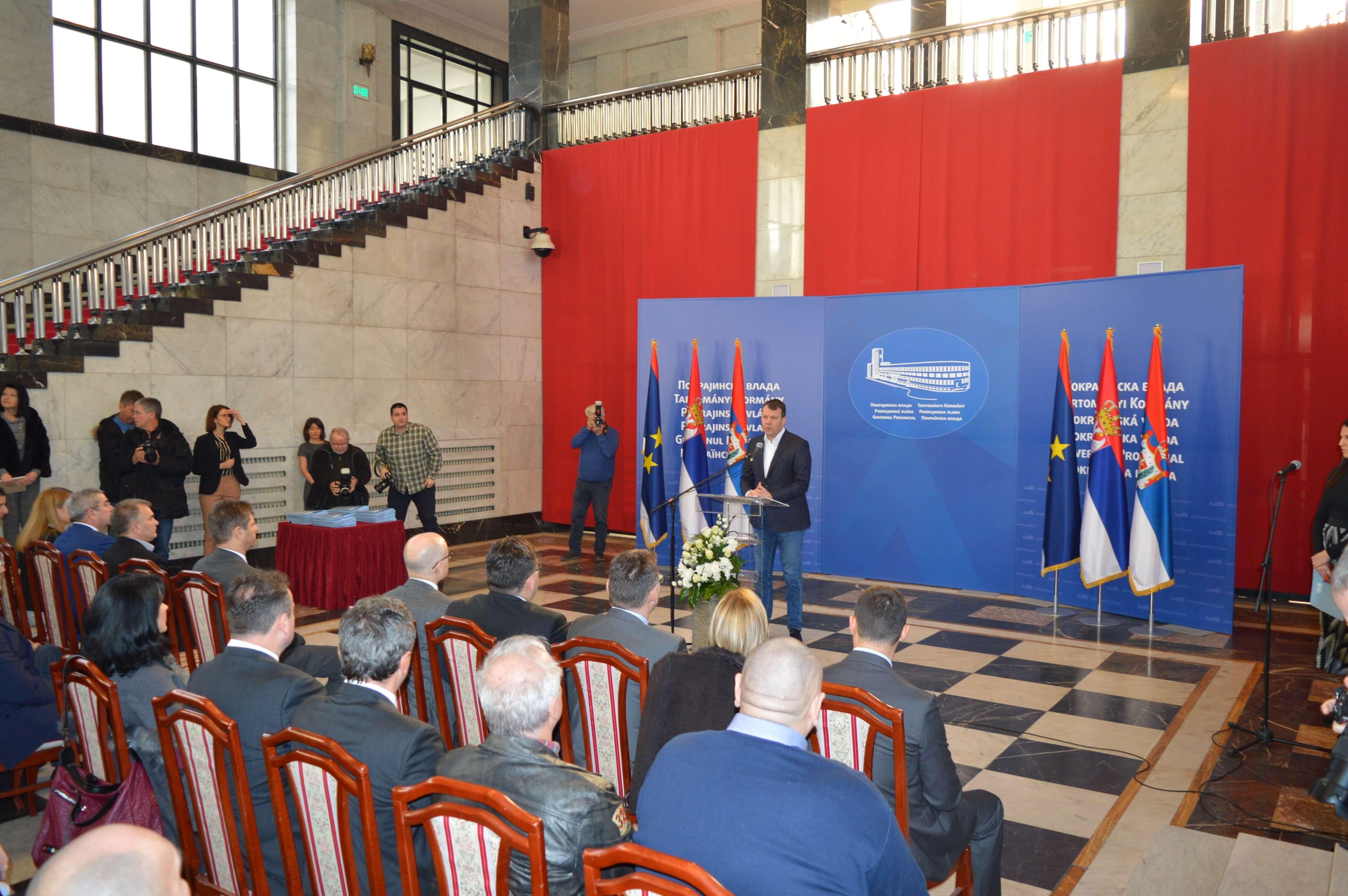 Стручни скуп је званично отворио помоћник покрајинског секретара за пољопривреду, водопривреду и шумарство Владислав Крсмановић
