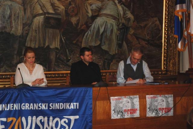 Градоначелница Душанка Голубовић са тимом сарадника у Алекса Шантићу