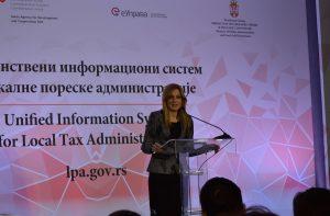 Градоначелница Сомбора Душанка Голубовић је истакла да увођење овог система представља бенефите и за грађане и за привреду