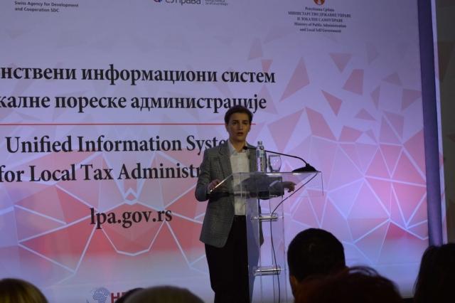 Председница Владе Ана Брнабић је истакла да је Е-управа најефикаснији начин борбе против корупције, те да Србија иде правим путем