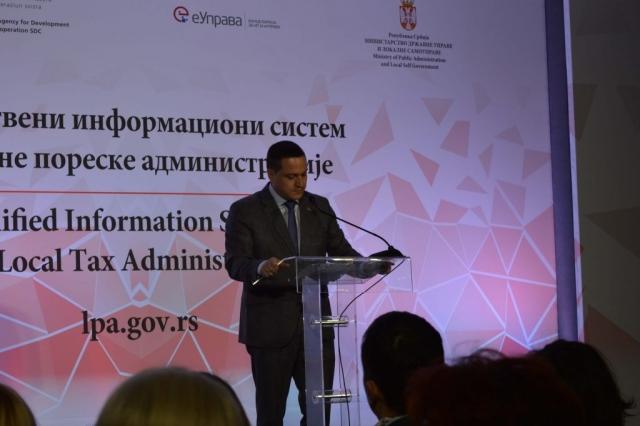 Министар државне управе и локалне самоуправе Бранко Ружић истакао је да је велики посао урађен у кратком року на квалитетан начин