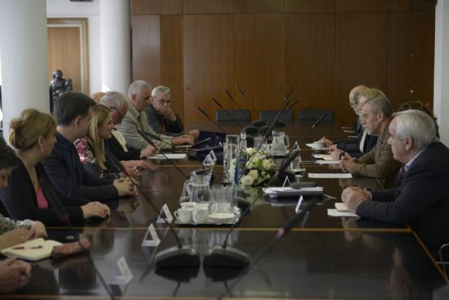 За градоначелницу Сомбора Душанку Голубовић, Немању Сарача, члана Градског већа за културу и образовање Града Сомбора и руководство ХКУД-а, уприличен је пријем код градоначелника Загреба Милана Бандића
