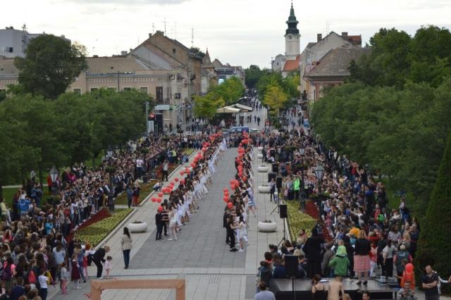 Јубиларни 10. матурантски плес Валценград