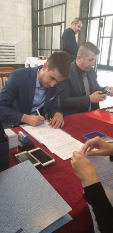 У име града Сомбора Уговор потписао антонио Ратковић, заменик градоначелнице Сомбора Антонио Ратковић