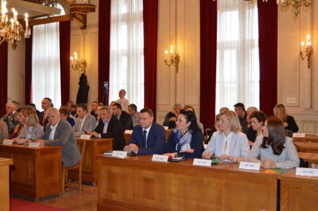 Представници групе грађана изнели су проблеме становника Станишића градоначелници Душанки Голубовић и њеном тиму