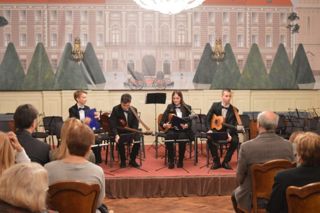Колико добро пева Ивона уверила се и градоначелница Душанка Голубовић