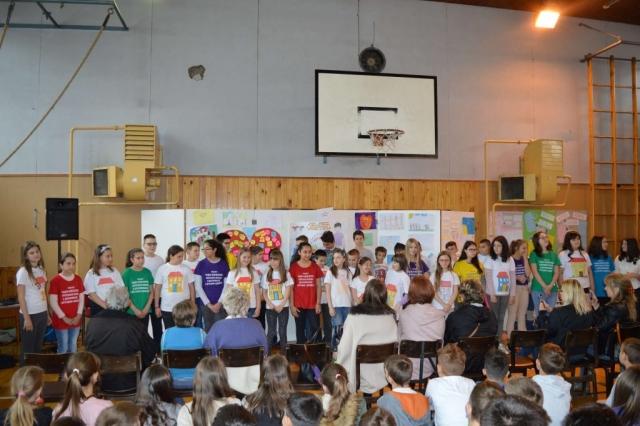 У свечаном обележавању Светског дана породице учествовале три школе