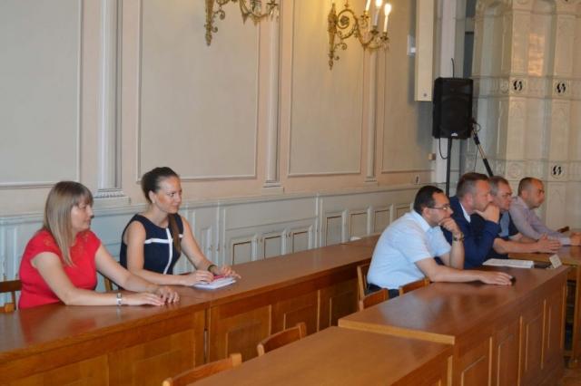 Članovi veća i predstavnici gradske uprave grada Sombora