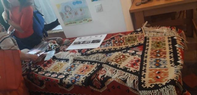 Традиционални ћилими на 4. међународној Ткачкој колонији у Пироту