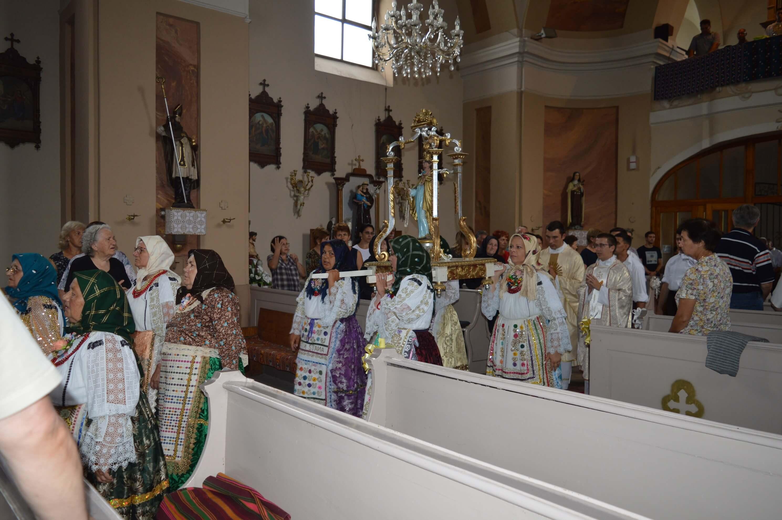 Миса у част завршетка жетве у жупној цркви Светог аранђела Михаила