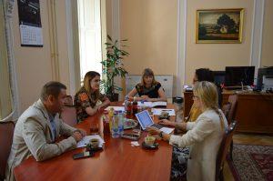 Градоначелница Сомбора, Душанка Голубовић  и начелница градске управе Хелена Роксандић Мусулин одржали су у среду 17. јула 2019. године састанак са делегацијом УСАИД Пројекта за одговорну власт.