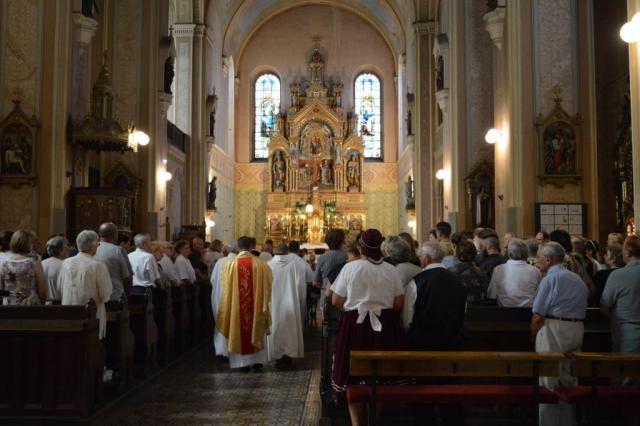 Миса у Кармелићанској цркви Светог Стјепана краља