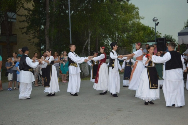 Фолклорни програм поводом прославе славе Светог Илије у Колуту