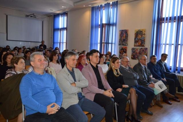 Свечаности су  присуствовали градоначелница Сомбора Душанка Голубовић, члан градског већа задужен за културу и образовање Немања Сарач, начелник Школске управе  Борислав Станичков и други гости