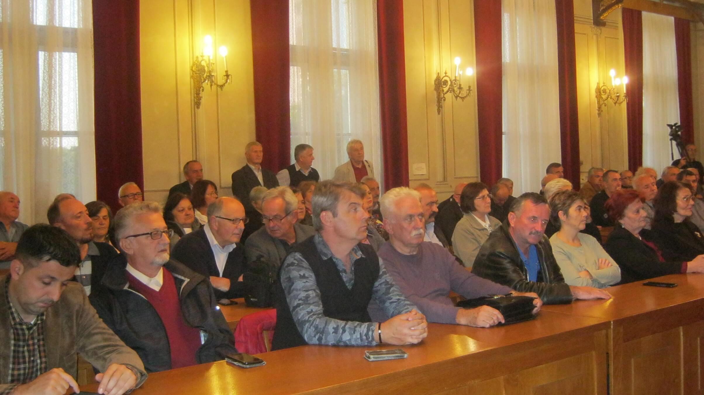 Изложбу отворио Немања Сарач, члан градског већа за област културе и образовања