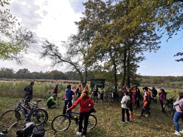 """Бициклисти у Специјалном резервату природе """"Горње подунавље"""""""