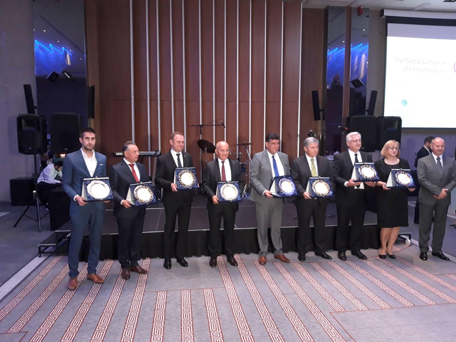 Grad Sombor dobitnik je Zlatne nagrade i priznanja najboljim lokalnim zajednicama za kreiranje dobrog ambijenta za razvoj preduzetništva