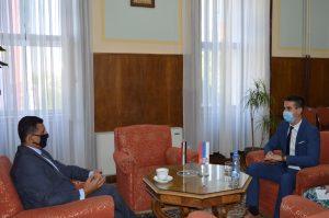 Амбасадор Египта Амр Алгувејли и градоначелник Града Сомбора Антонио Ратковић током разговора