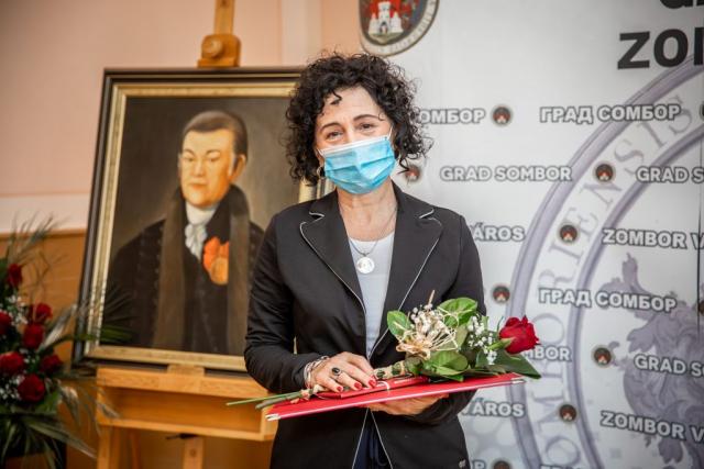 Снежана Божиновић