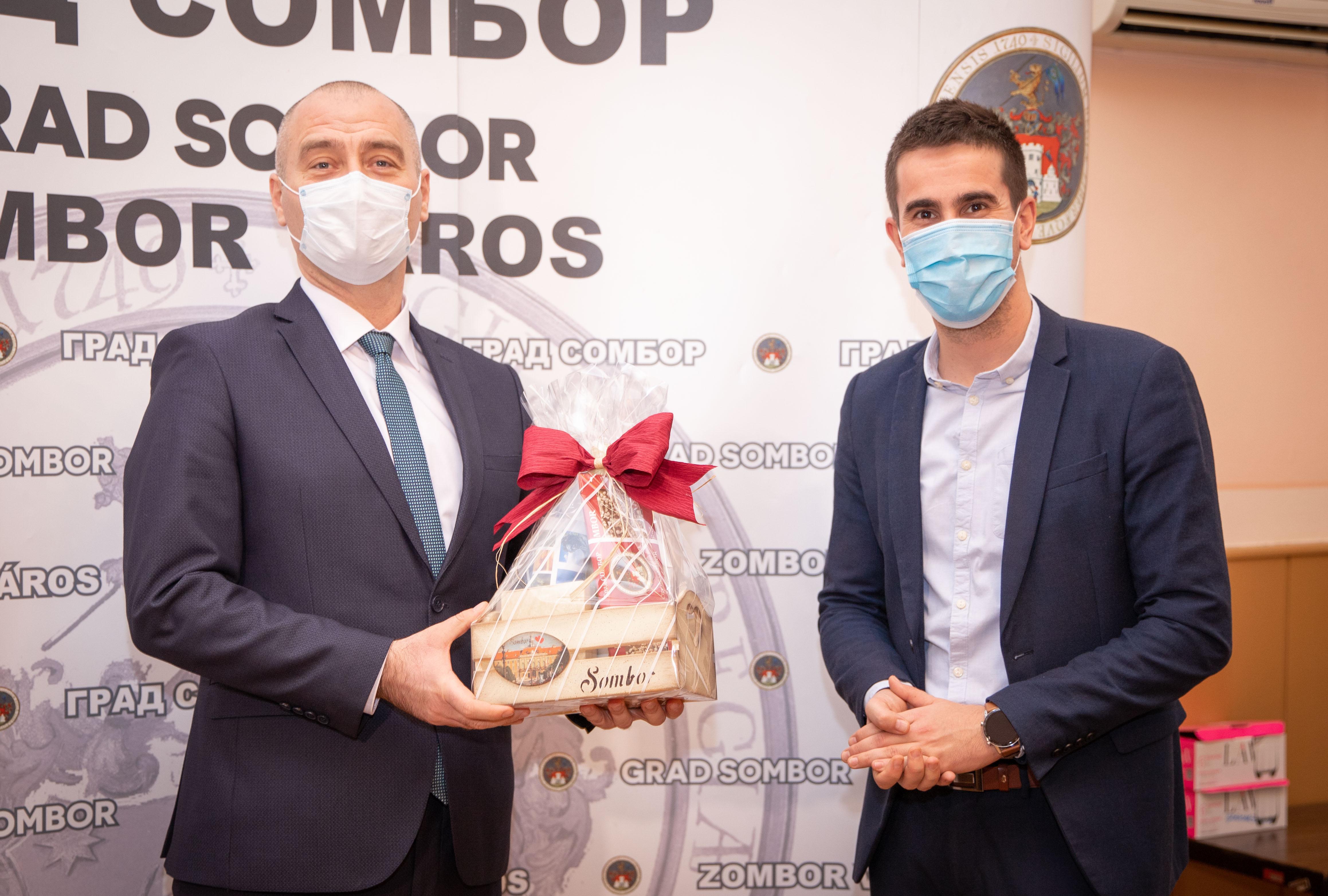 Покрајински секретар за привреду и туризам Ненад Иванишевић и градоначелник Града Сомбора Антонио Ратковић